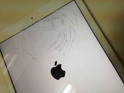 ipad Air修理前の写真