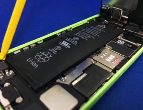 iPhone5cの劣化したバッテリーの交換修理
