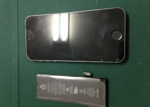iphone5s修理、バッテリー交換