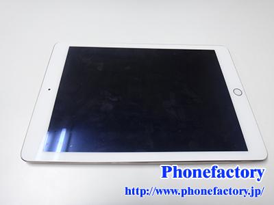 iPad Air2 バッテリー交換修理 – 液晶がだんだんと浮いてきました。